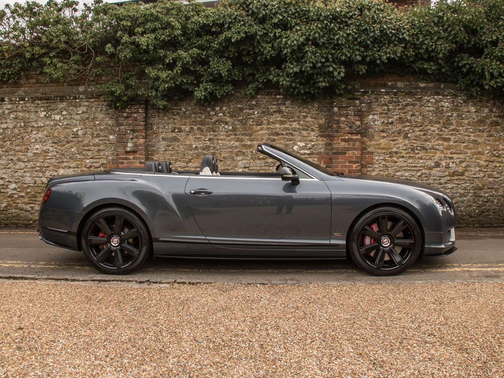 2015 Bentley    Continental GT V8 S Cabriolet Concours Series Bla For Sale (picture 1 of 18)
