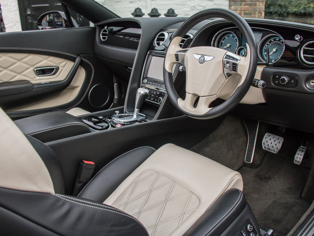 2015 Bentley    Continental GT V8 S Cabriolet Concours Series Bla For Sale (picture 13 of 18)