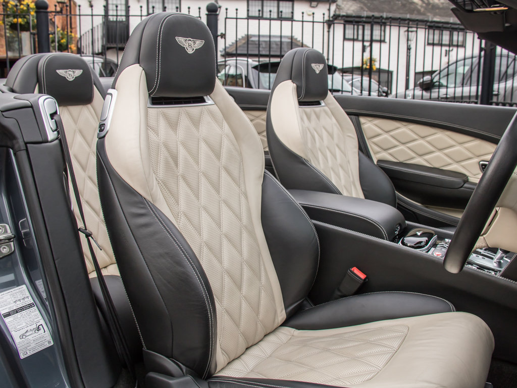 2015 Bentley    Continental GT V8 S Cabriolet Concours Series Bla For Sale (picture 14 of 18)
