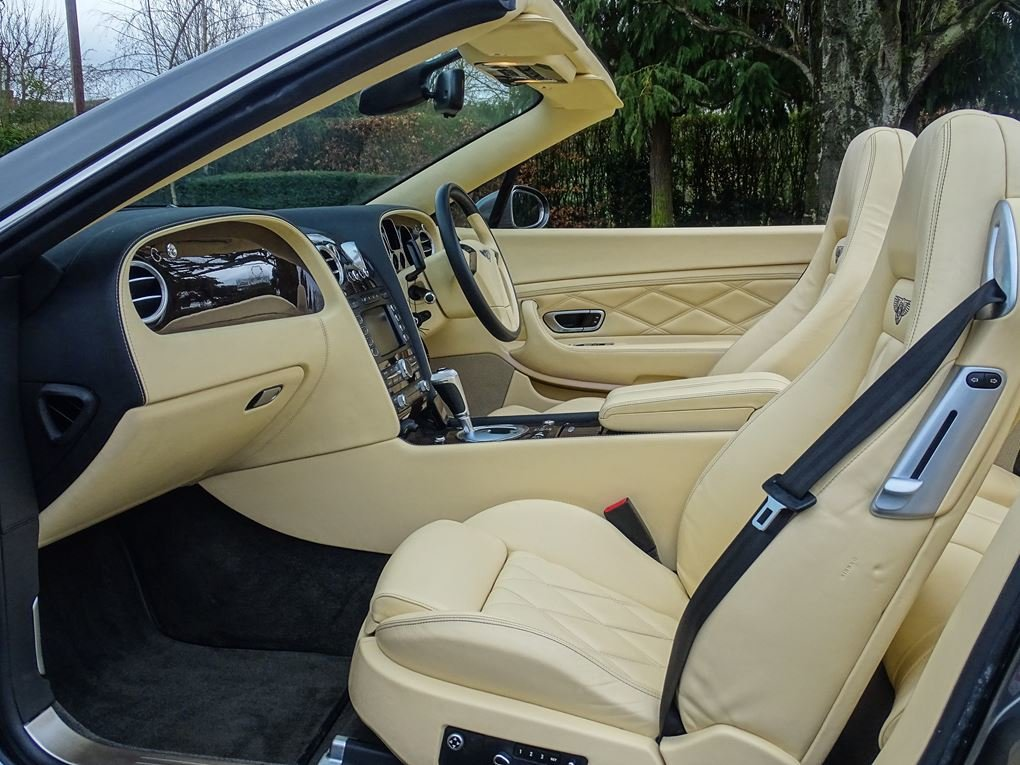 2008 Bentley  CONTINENTAL GTC  MULLINER CABRIOLET AUTO  39,948 For Sale (picture 3 of 24)