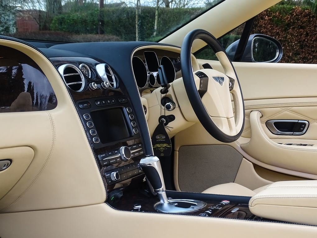 2008 Bentley  CONTINENTAL GTC  MULLINER CABRIOLET AUTO  39,948 For Sale (picture 16 of 24)
