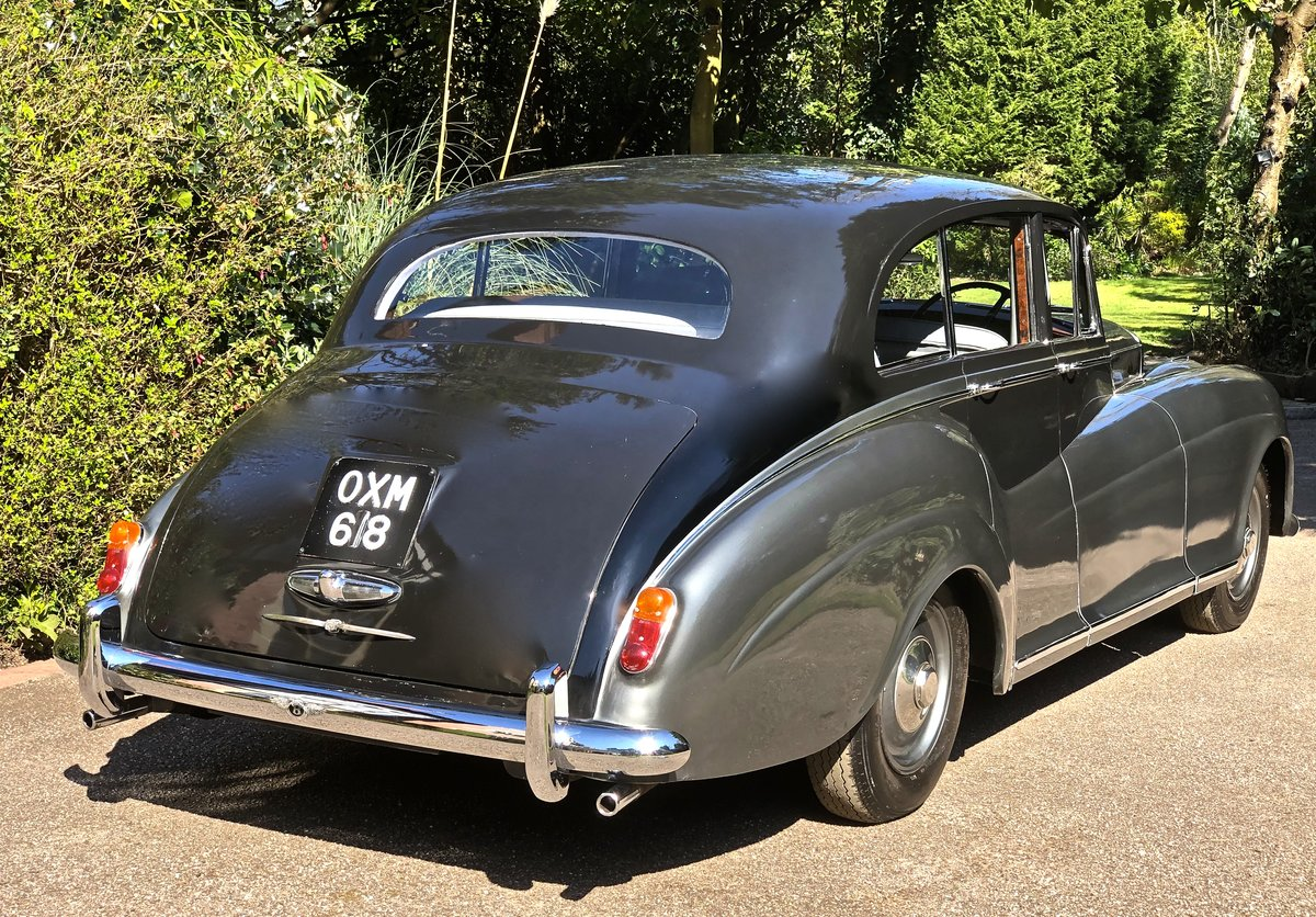 1952 Bentley R TYPE James Young Sports Saloon  For Sale (picture 2 of 6)