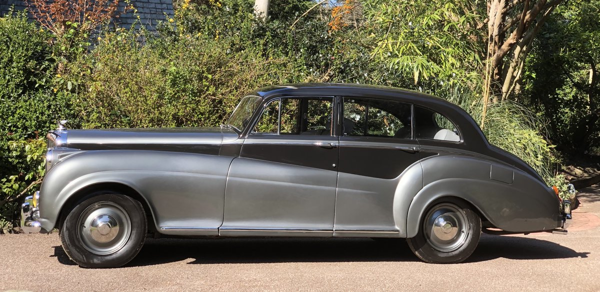 1952 Bentley R TYPE James Young Sports Saloon  For Sale (picture 3 of 6)