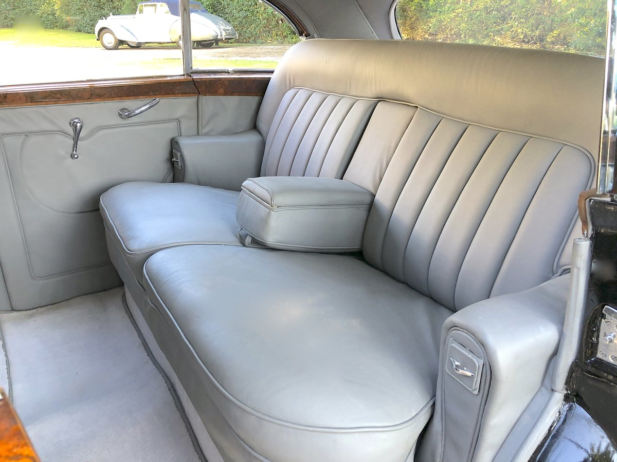 1952 Bentley R TYPE James Young Sports Saloon  For Sale (picture 5 of 6)