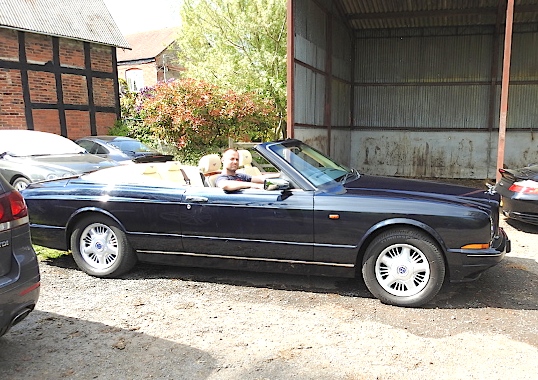 1996 Magnificent Bentley Azure Midnight Blue SOLD (picture 1 of 6)