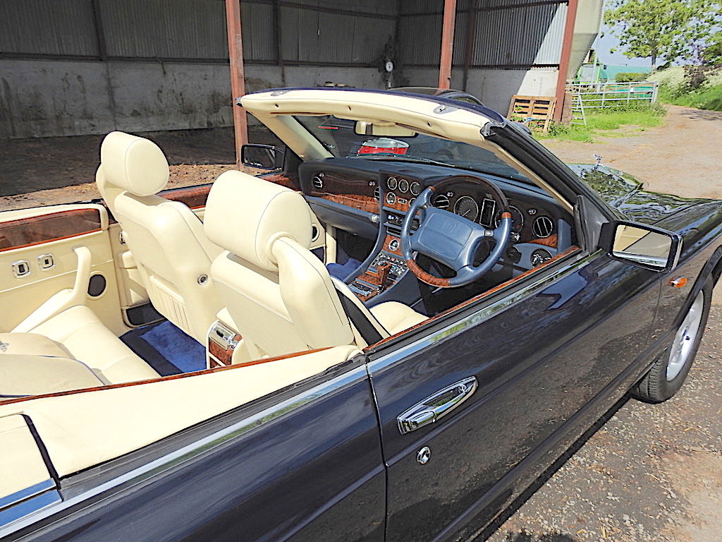1996 Magnificent Bentley Azure Midnight Blue SOLD (picture 6 of 6)