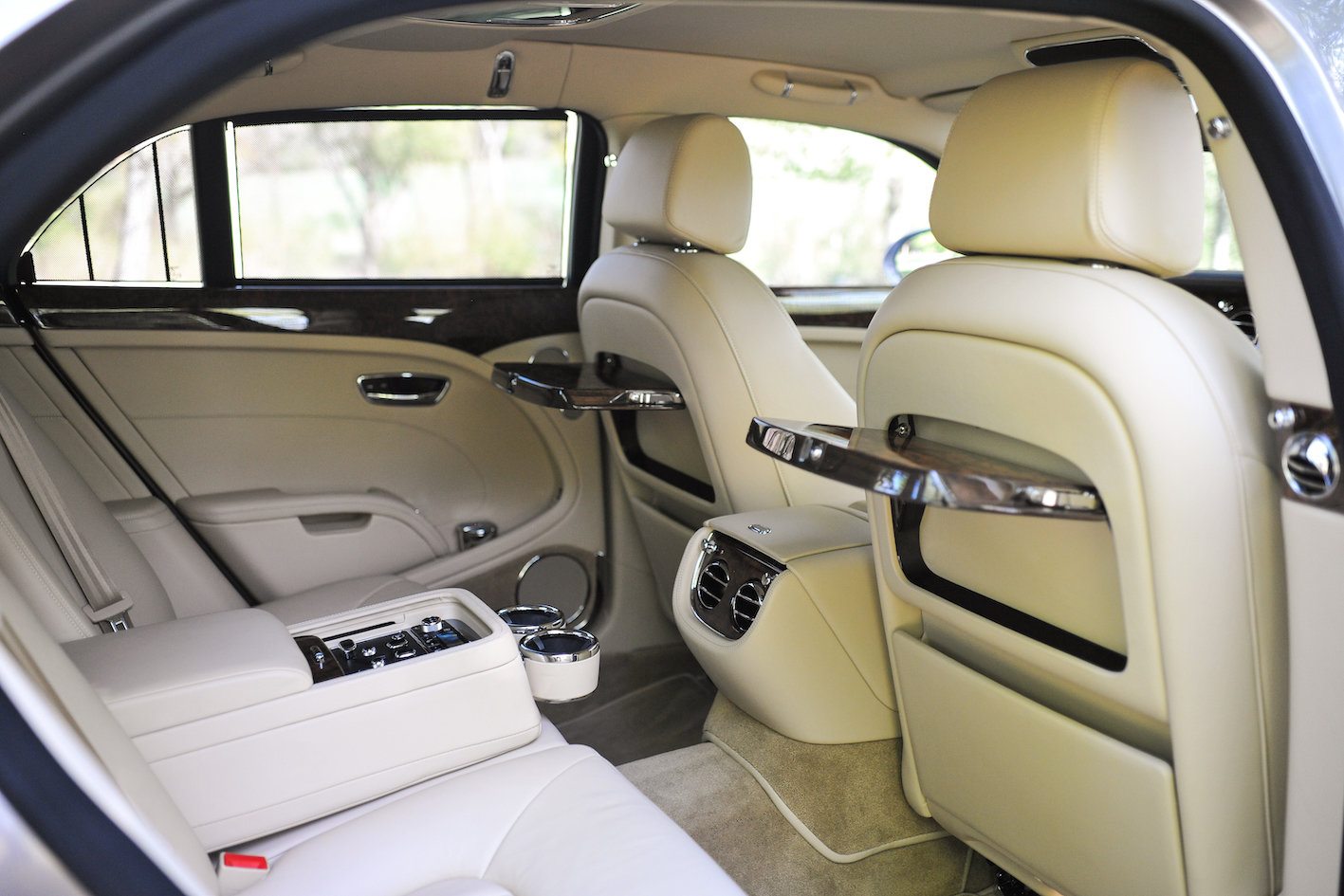 2011 Bentley Mulsanne SOLD (picture 4 of 6)