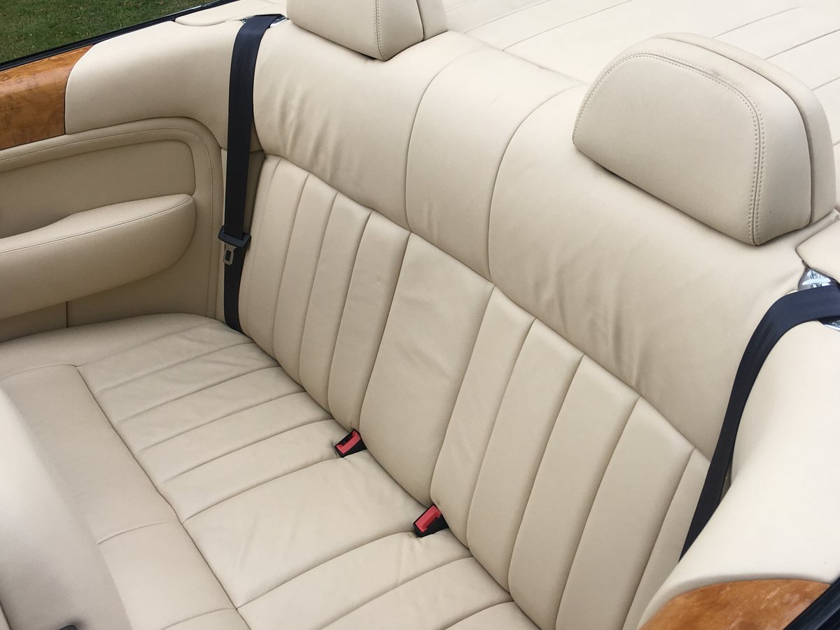 Sold !Bentley Azure Convertible 2006 done 10.200 miles  SOLD (picture 5 of 6)