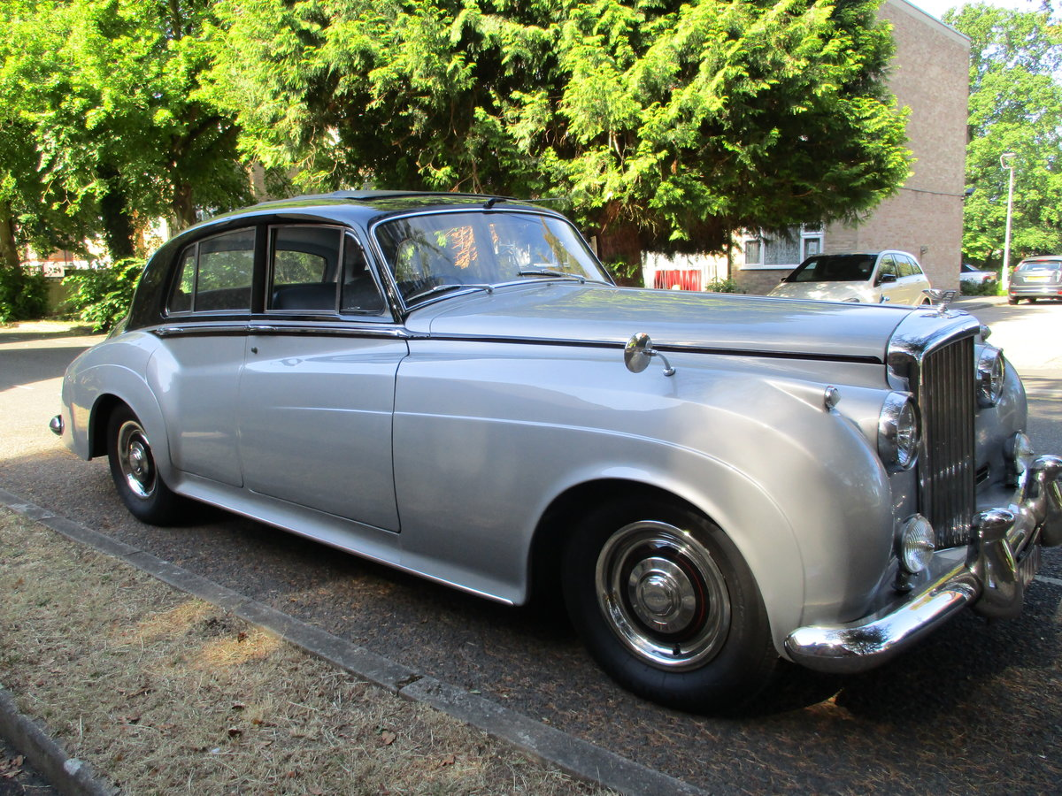 Bentley S2 Saloon 1960 STUNNING FAMILY OWNED SINCE 1982 For Sale (picture 2 of 24)