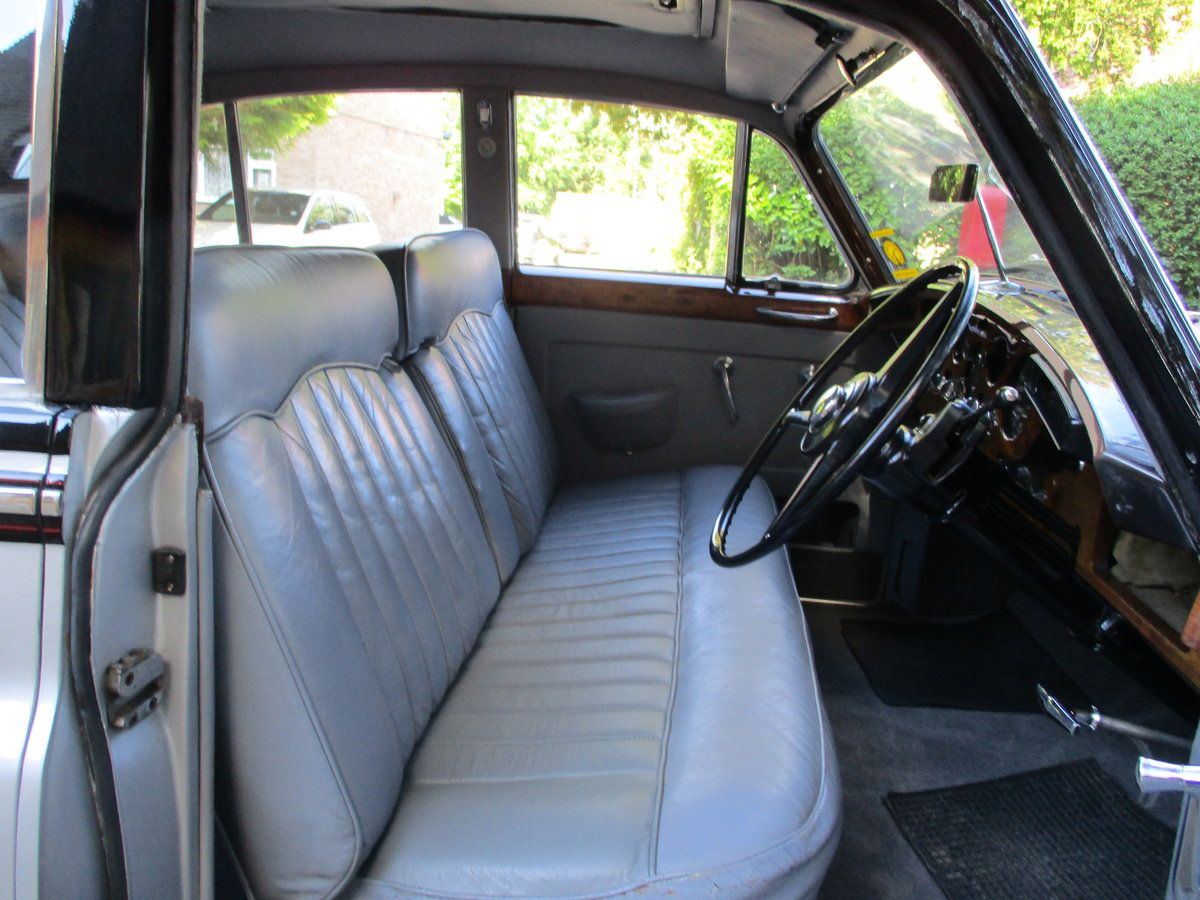 Bentley S2 Saloon 1960 STUNNING FAMILY OWNED SINCE 1982 For Sale (picture 6 of 24)