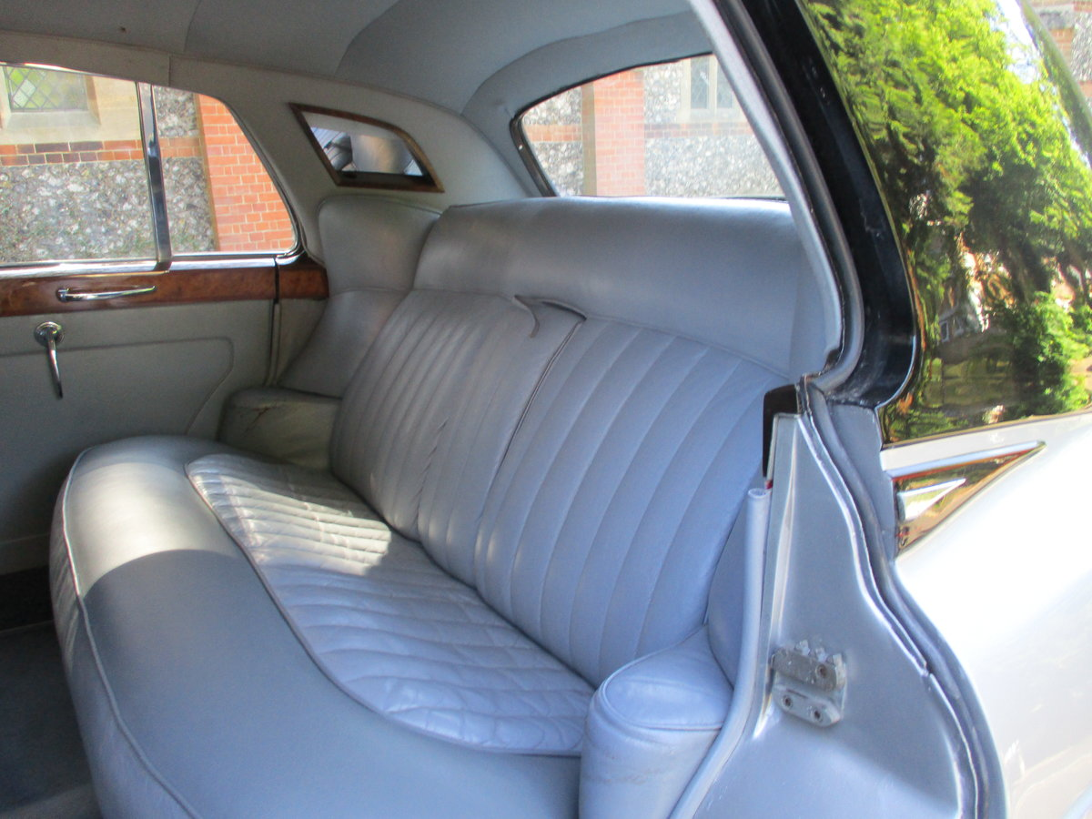 Bentley S2 Saloon 1960 STUNNING FAMILY OWNED SINCE 1982 For Sale (picture 7 of 24)