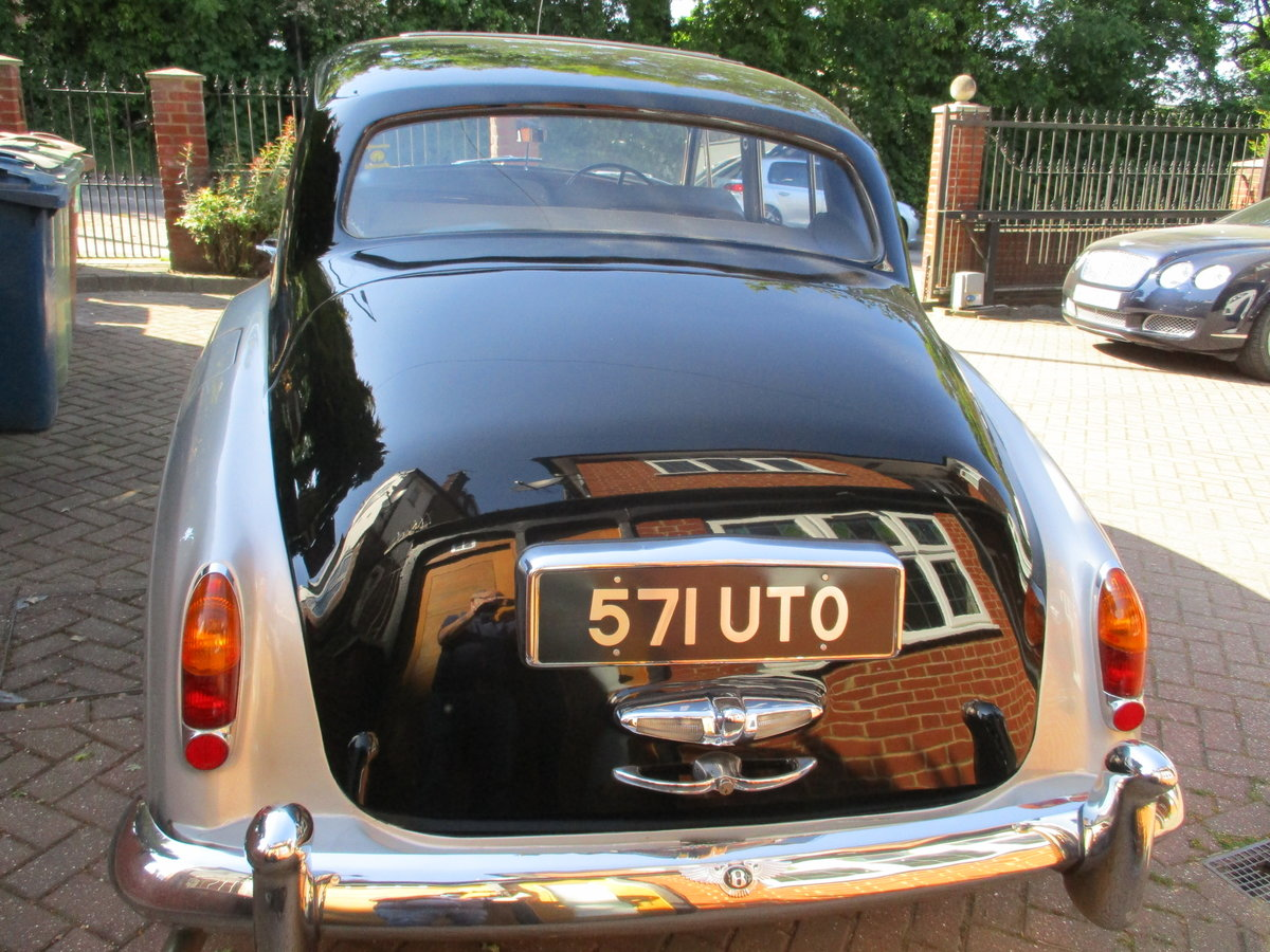 Bentley S2 Saloon 1960 STUNNING FAMILY OWNED SINCE 1982 For Sale (picture 12 of 24)
