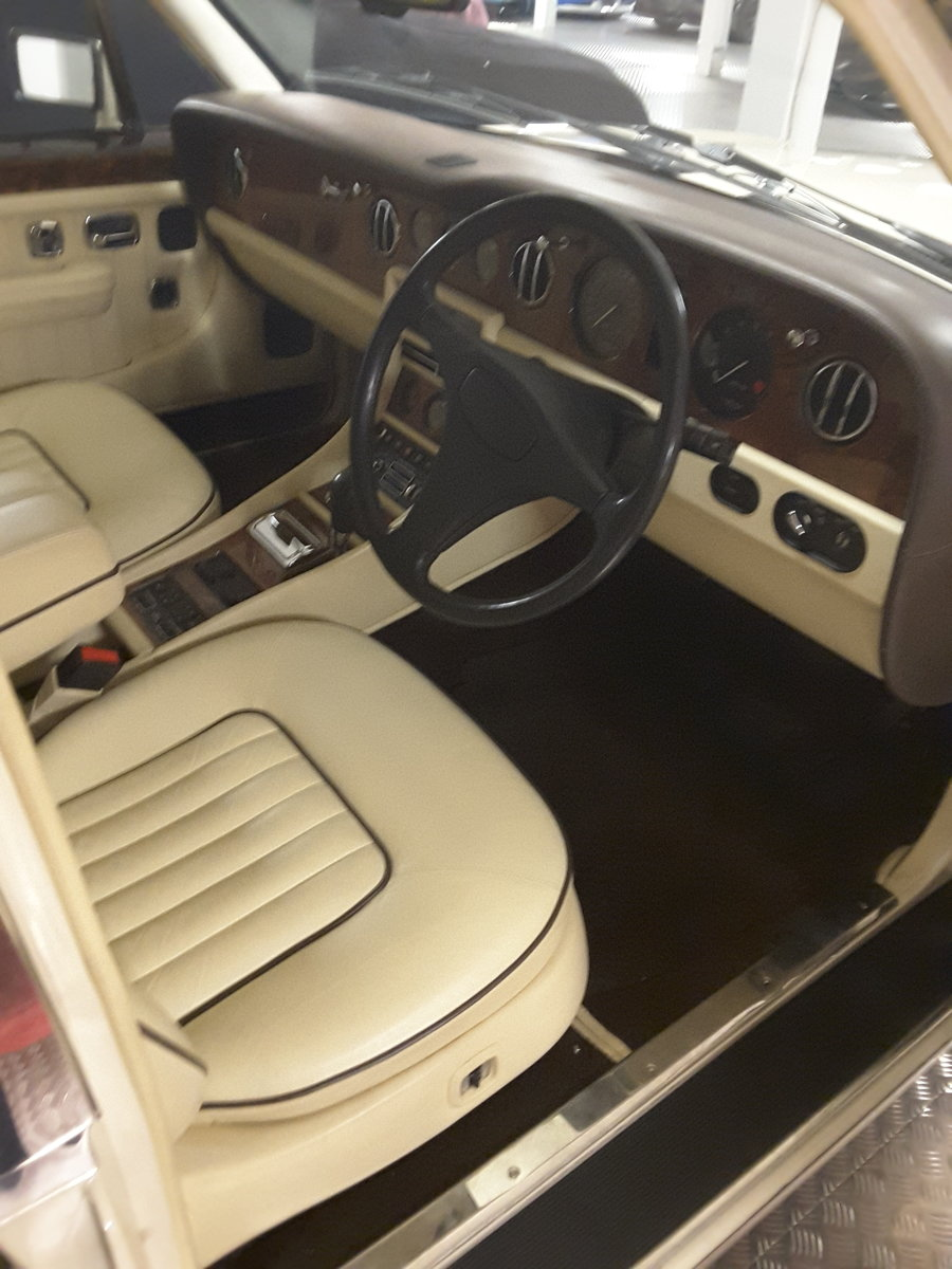1993 Bentley brookland For Sale (picture 2 of 6)