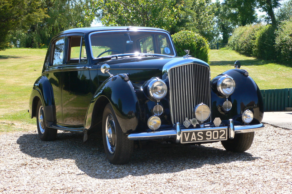 1955 Bentley R-Type Standard Steel Saloon For Sale by Auction (picture 1 of 6)