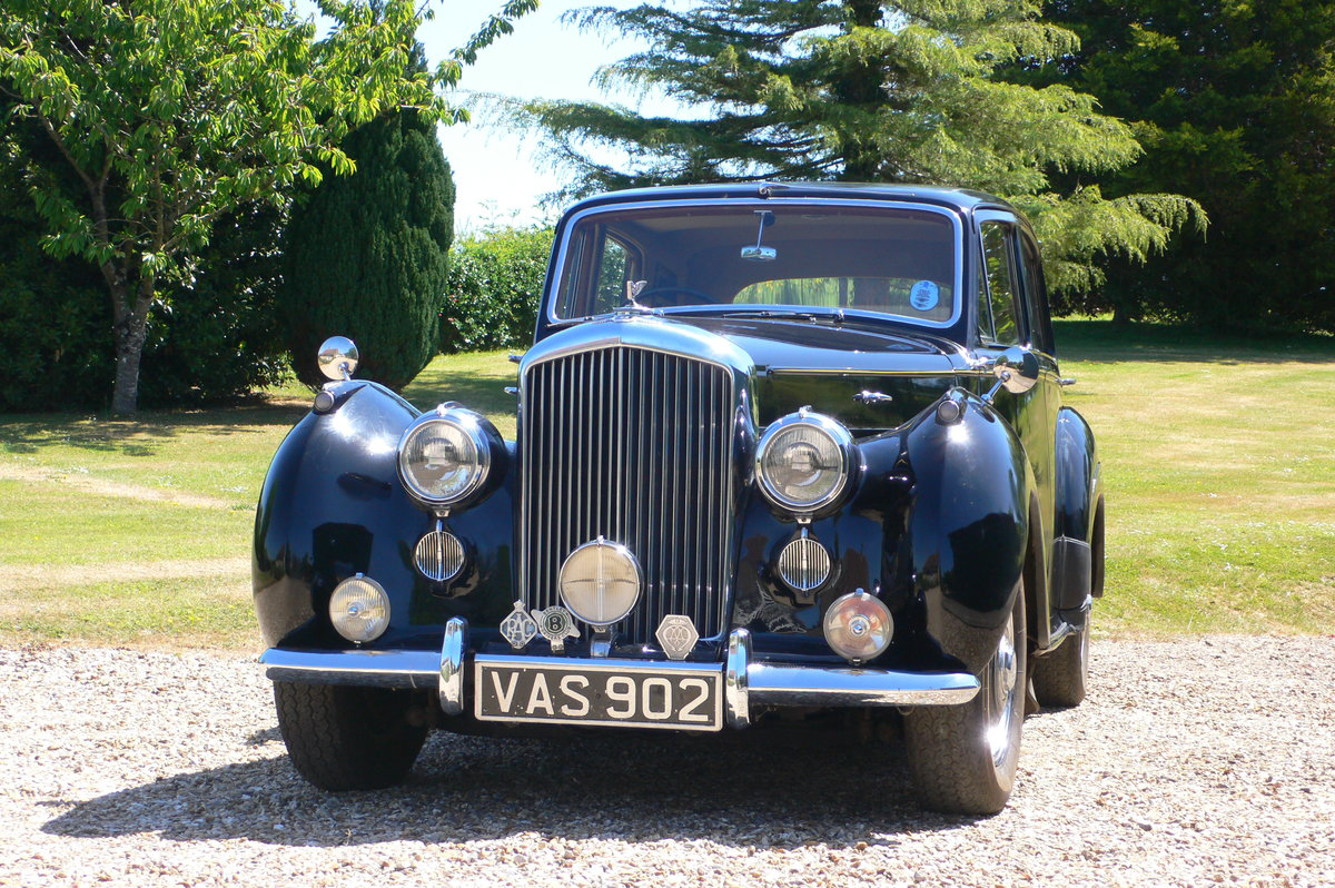 1955 Bentley R-Type Standard Steel Saloon For Sale by Auction (picture 2 of 6)
