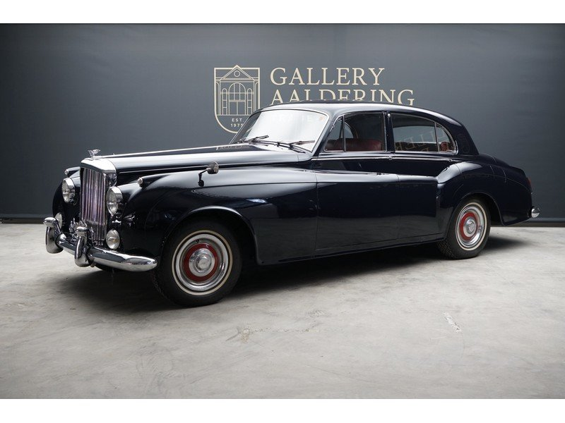 1956 Bentley S1 Saloon James Young For Sale (picture 1 of 6)