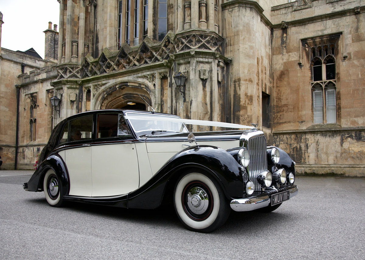 1952 Bentley Freestone & Webb For Hire (picture 1 of 4)