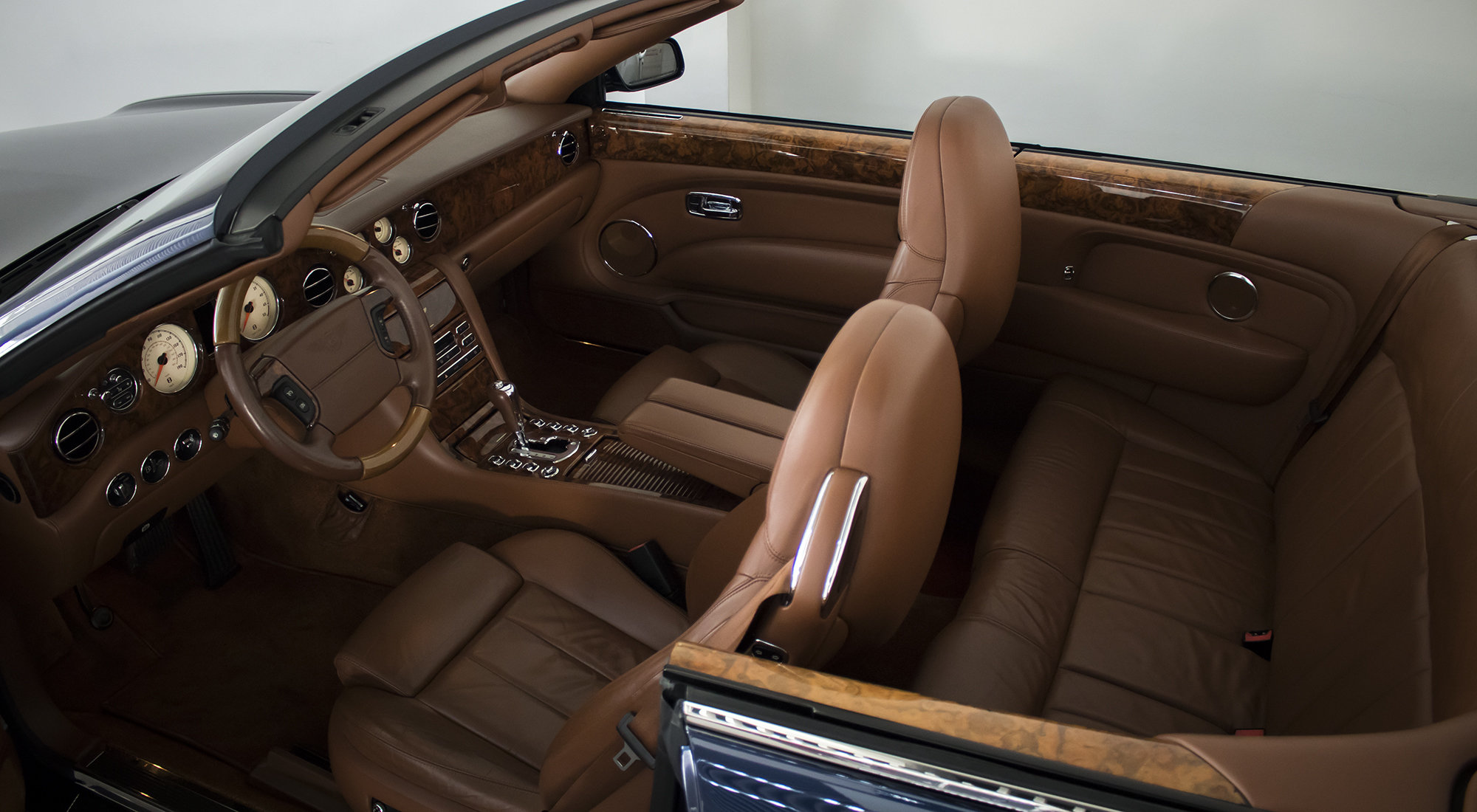 Bentley Azure (2008) For Sale (picture 5 of 6)