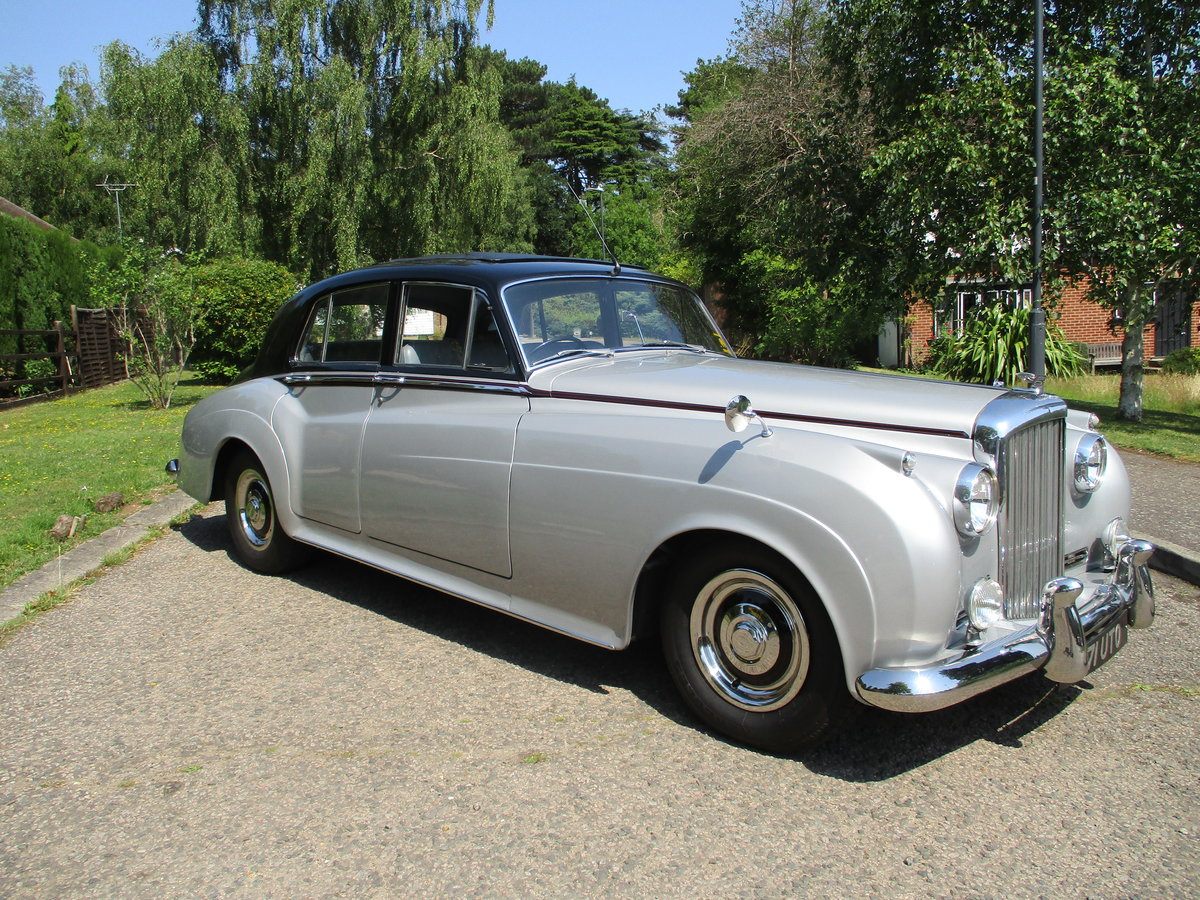 Bentley S2 Saloon 1960 STUNNING FAMILY OWNED SINCE 1982 For Sale (picture 1 of 24)