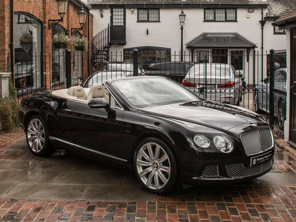 2012 Bentley    Continental GT W12 Mulliner Specification  For Sale (picture 2 of 6)