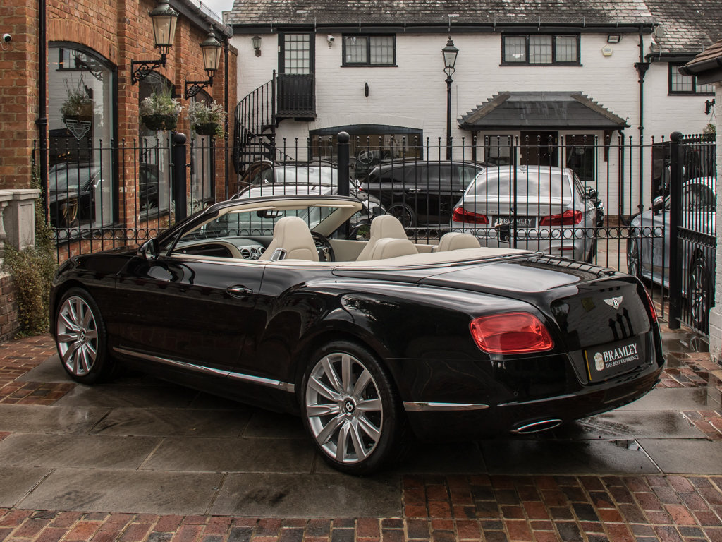 2012 Bentley    Continental GT W12 Mulliner Specification  For Sale (picture 5 of 6)