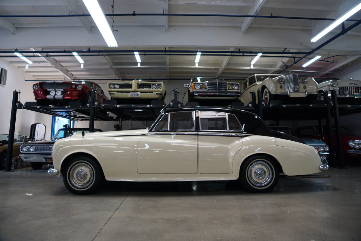 RHD 1965 Bentley S3 just out of renown collection rare find SOLD (picture 4 of 6)