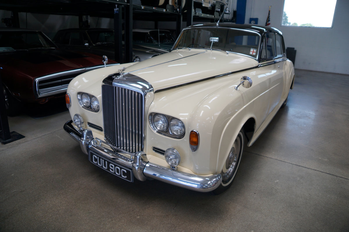 RHD 1965 Bentley S3 just out of renown collection rare find SOLD (picture 1 of 6)