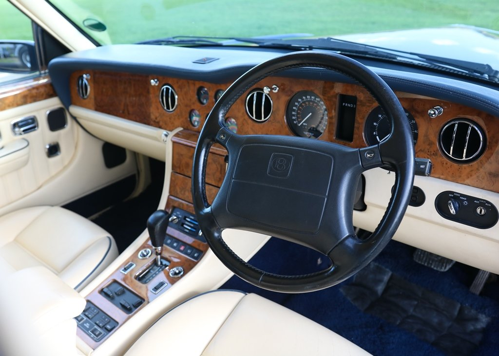1996 Bentley Brooklands SOLD by Auction (picture 3 of 6)