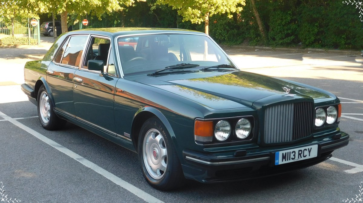 1995 Bentley Turbo R British racing green 12 mnths MOT For Sale (picture 2 of 6)