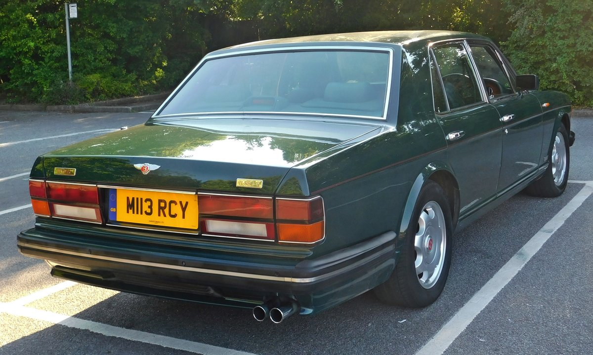 1995 Bentley Turbo R British racing green 12 mnths MOT For Sale (picture 3 of 6)