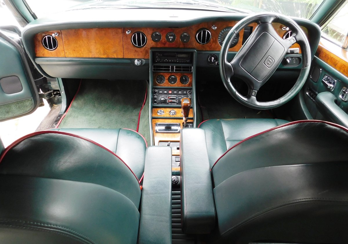 1995 Bentley Turbo R British racing green 12 mnths MOT For Sale (picture 6 of 6)