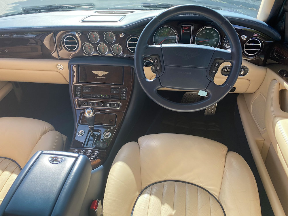 2001 Bentley Arnage Le Mans Edition 32,500 miles only For Sale (picture 2 of 6)