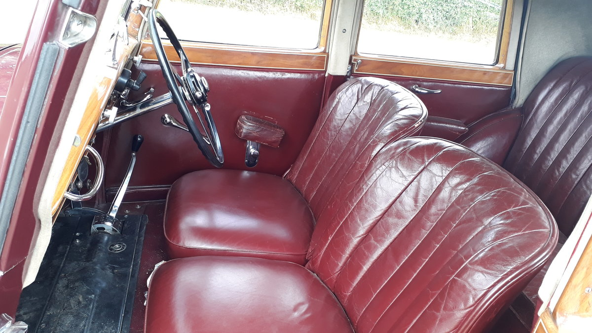 Bentley 4 ¼ Derby Thrupp & Maberly 1937 Rewire Trim History For Sale (picture 4 of 6)