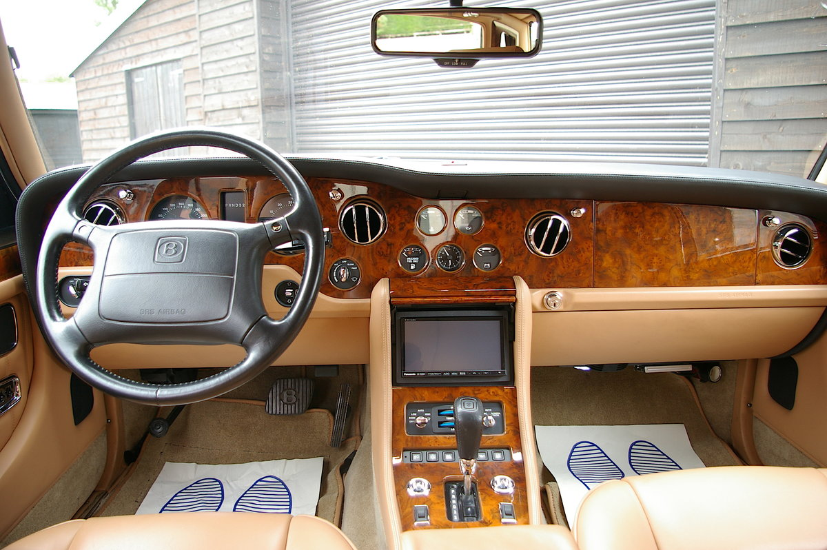 1996 Bentley Turbo RL 6.75 Automatic Saloon (26,645 miles) For Sale (picture 5 of 6)