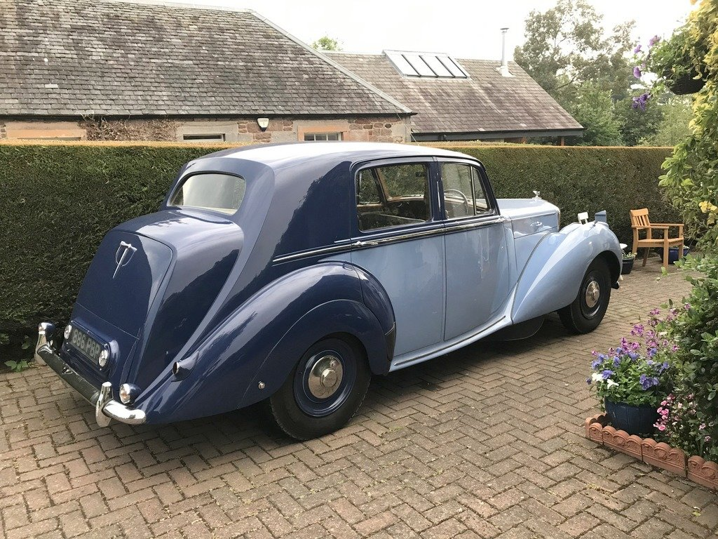 1949 Bentley Mk 6 Sports Saloon. Renovated. For Exc or For Sale (picture 2 of 6)