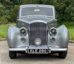 1949 Bentley MKVI Sports Saloon  B423DZ