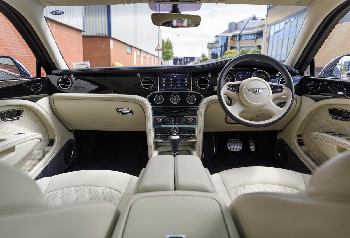 2018 Bentley Mulsanne Speed (RHD) For Sale (picture 15 of 24)