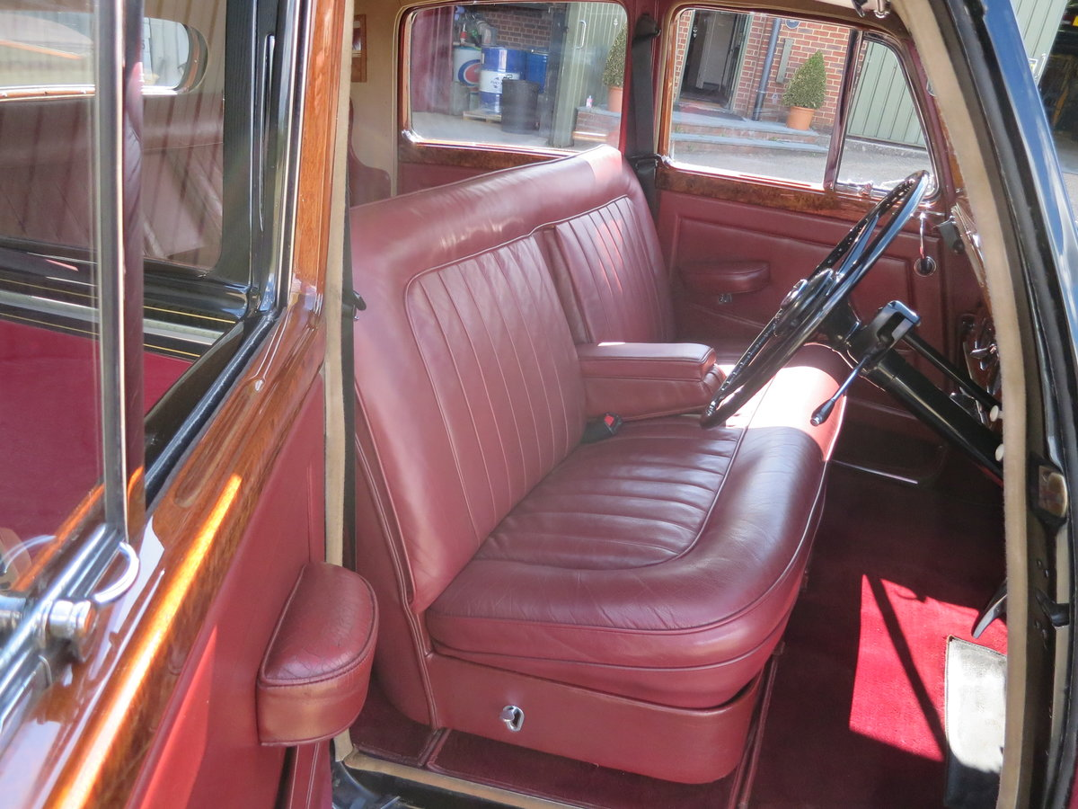 1955 Bentley R Type Sports Saloon  For Sale (picture 4 of 6)