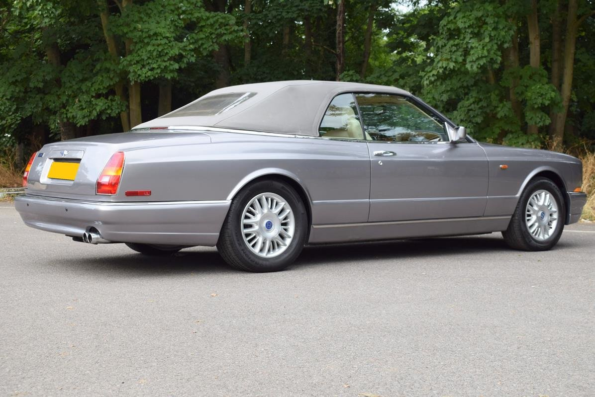 2002/51 Bentley Azure Left Hand Drive in Silver Tempest For Sale (picture 4 of 6)