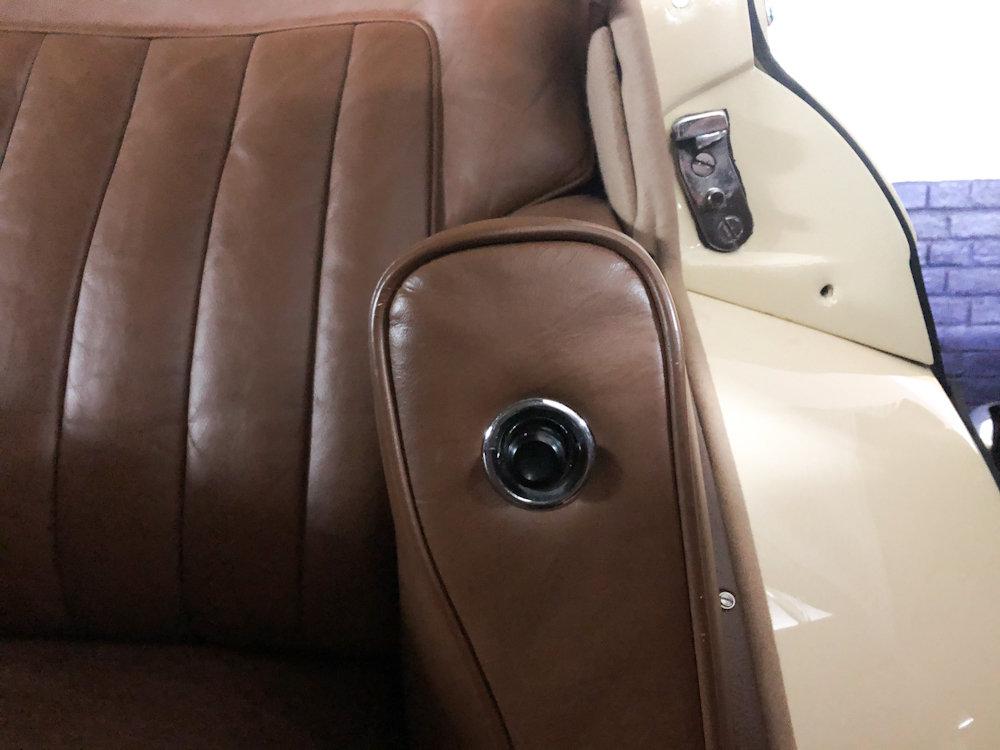 1958 Bentley S1 4 door saloon by James Young For Sale (picture 11 of 24)