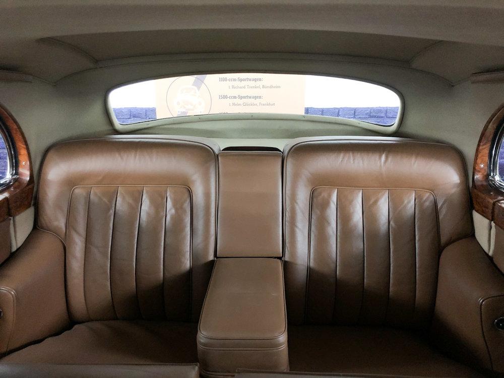 1958 Bentley S1 4 door saloon by James Young For Sale (picture 14 of 24)