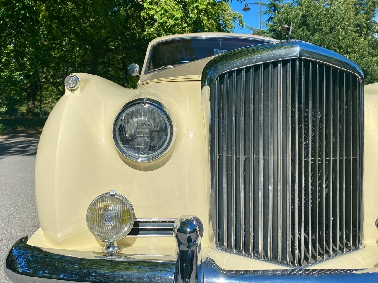 1958 Bentley S1 4 door saloon by James Young For Sale (picture 17 of 24)