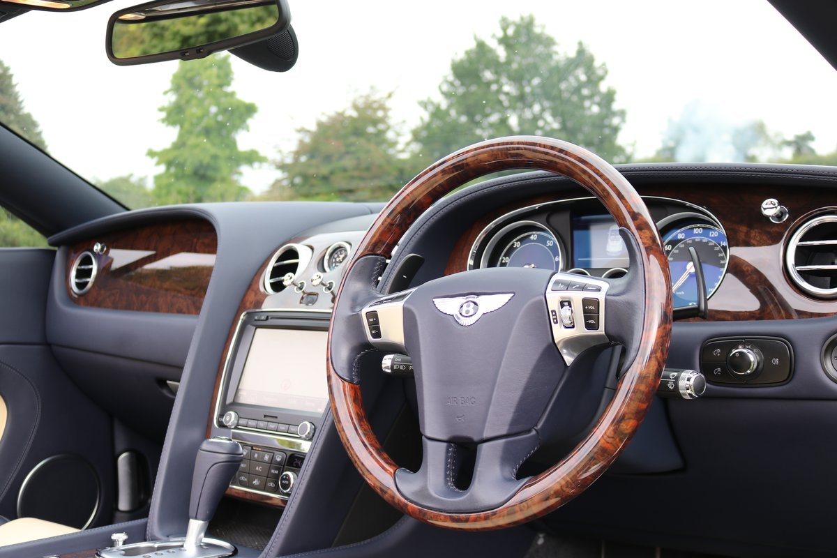 2012 BENTLEY GTC V8 For Sale (picture 2 of 6)