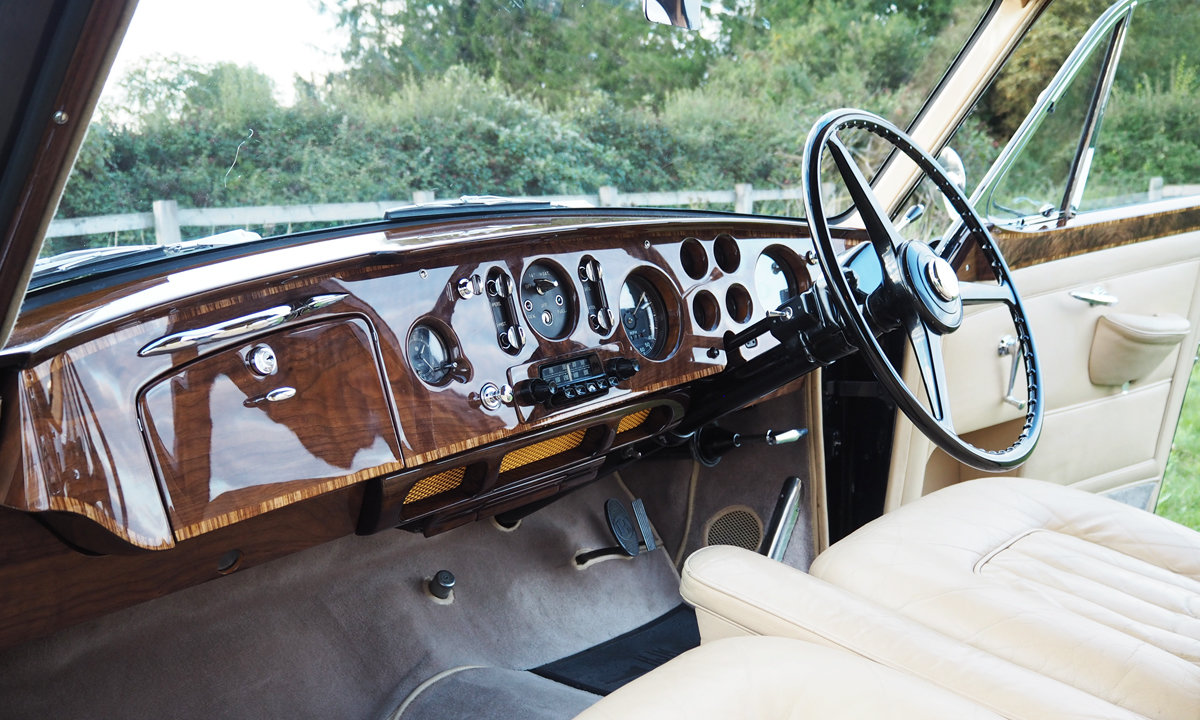 1958 Bentley S1 Continental Flying Spur by H.J Mulliner  For Sale (picture 4 of 6)