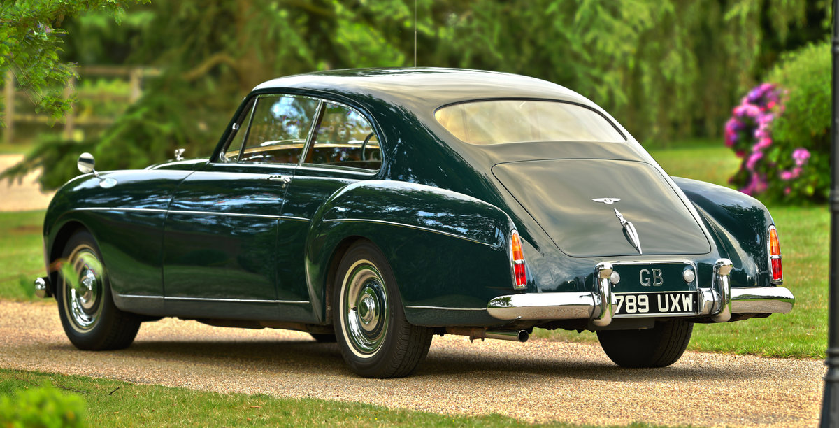 1957 Bentley S1 Continental Fastback by H.J.Mulliner For Sale (picture 3 of 6)