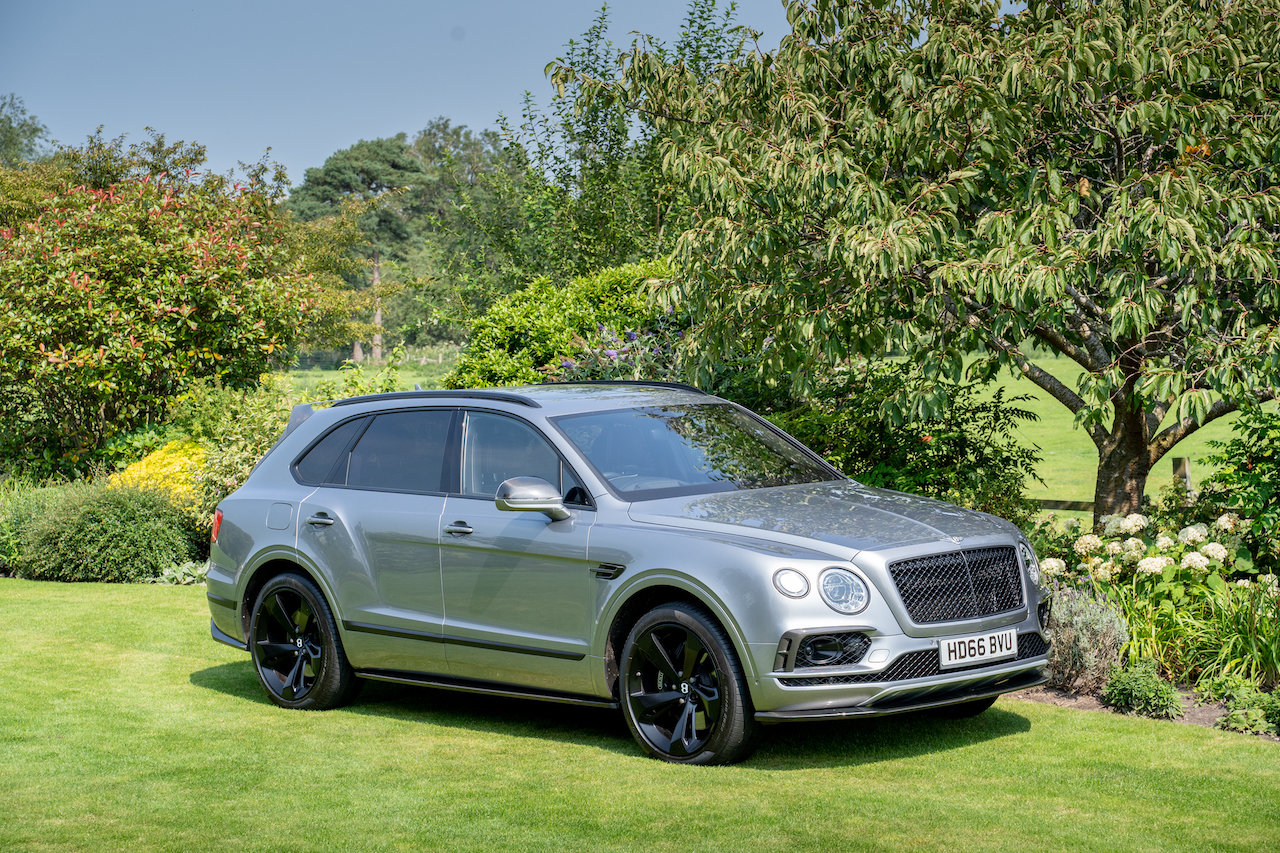Bentley Bentayga 6.0 W12 ( 600bhp ) 4X4 Automatic 2016 66  For Sale (picture 1 of 6)
