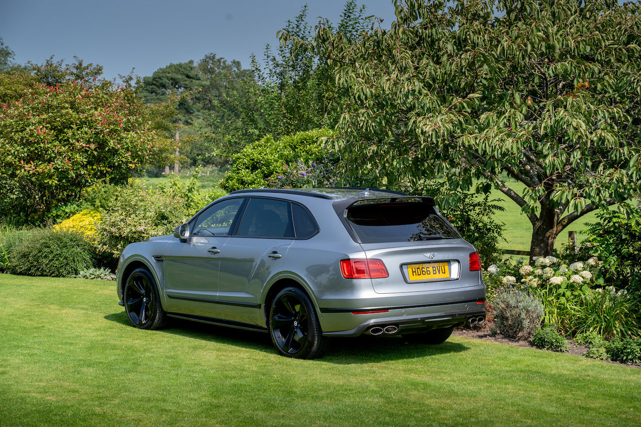 Bentley Bentayga 6.0 W12 ( 600bhp ) 4X4 Automatic 2016 66  For Sale (picture 6 of 6)