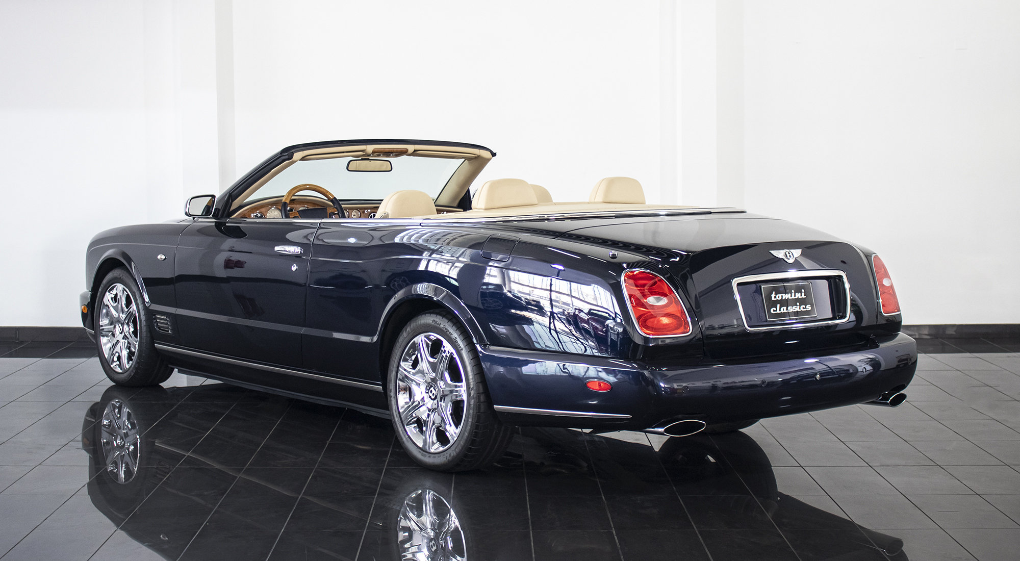 Bentley Azure (2008) For Sale (picture 3 of 6)