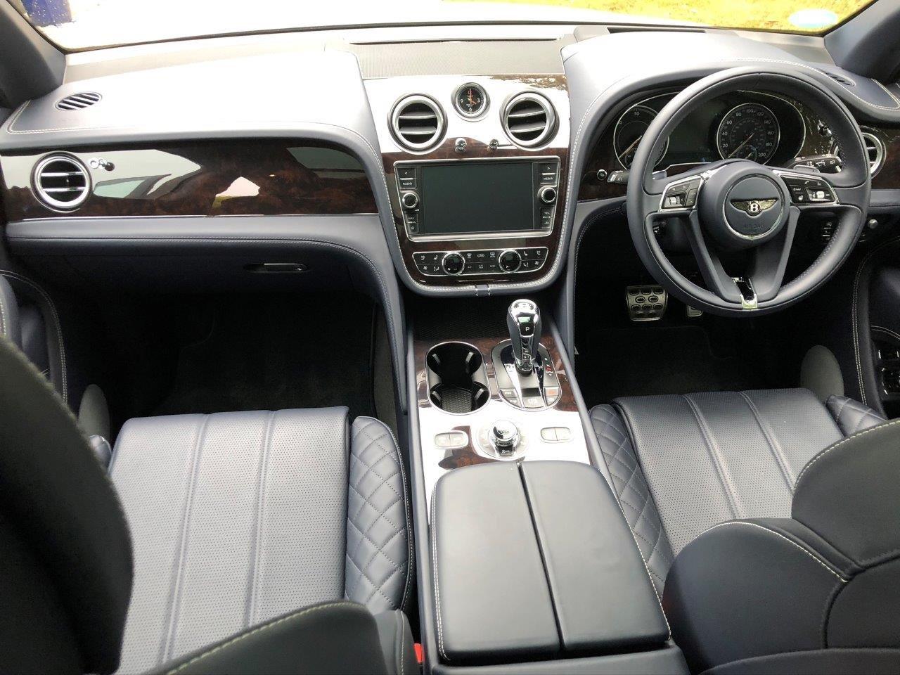 2017 Bentley Bentayga V8 Diesel 435bhp / 900nm torque For Sale (picture 6 of 6)