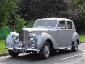 Picture of 1952 Bentley MKVI Standard Steel Saloon For Sale by Auction